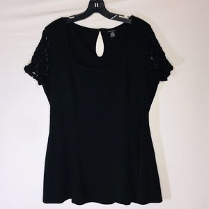 TORRID Size 2X Black Top Lace Sleeves